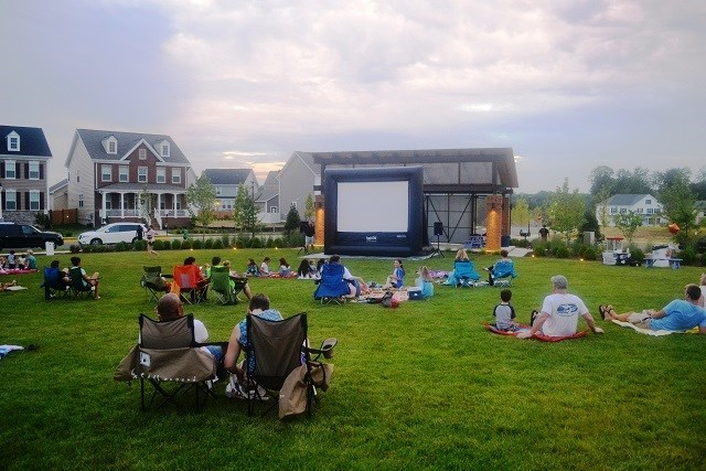 movies-in-the-park2.jpg