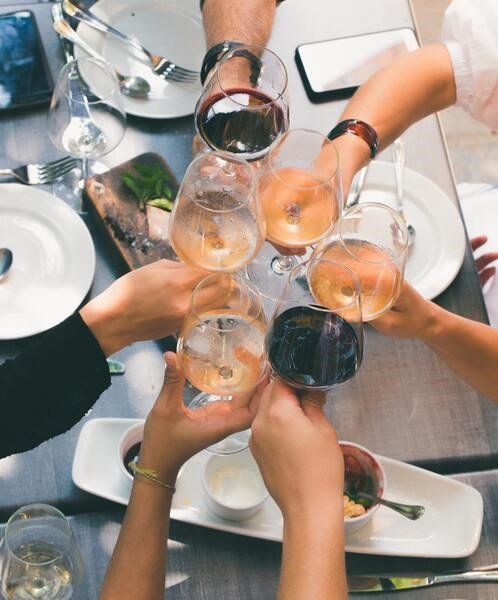 preview-full-group-of-people-holding-wine-glasses-1097425.jpg